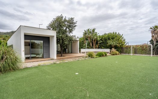 Modern house with exclusive design in Los Monasterios